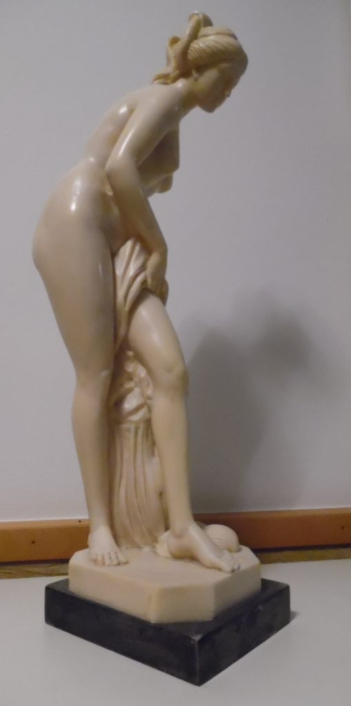 Skulptur Venus aus Alabaster von A. Santini